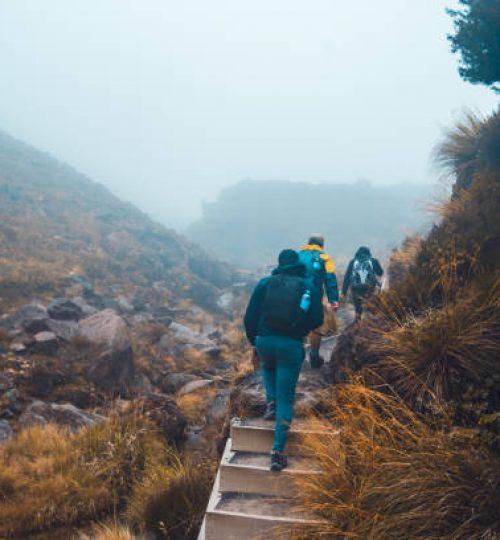 Tongariro Alpine Crossing, National Park, New Zealand.